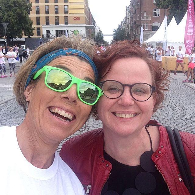 Så fort jag sätter på mig springskorna händer det magiska saker! I dag fick jag uppleva Örebro från sin allra mest roligt kreativa och färgglada sida. Och så fick jag träffa bästa Eva!