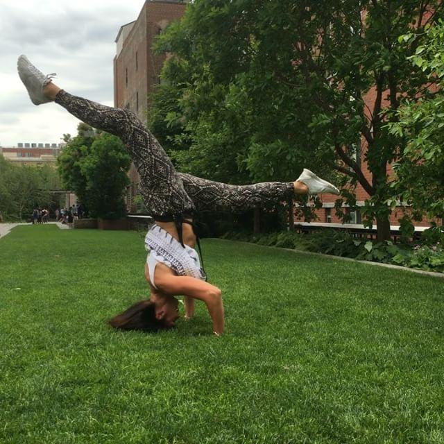Anna strikes a pose på Highline. Www.springtime.se