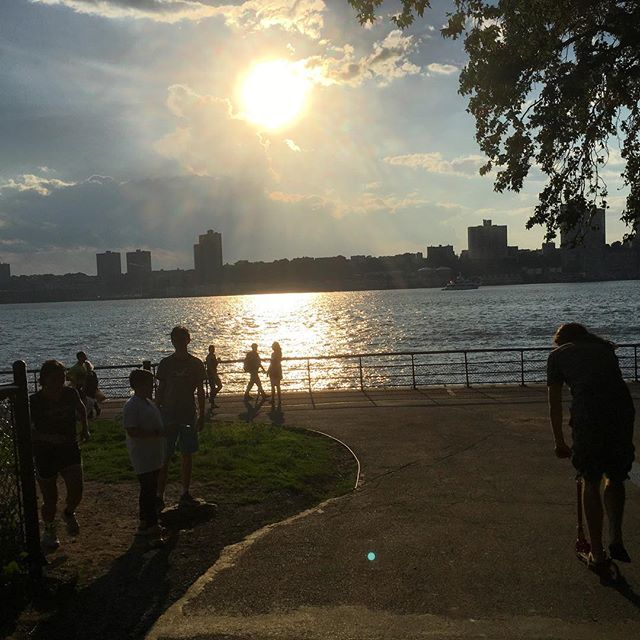 Vi tog en sväng till Hudson River.