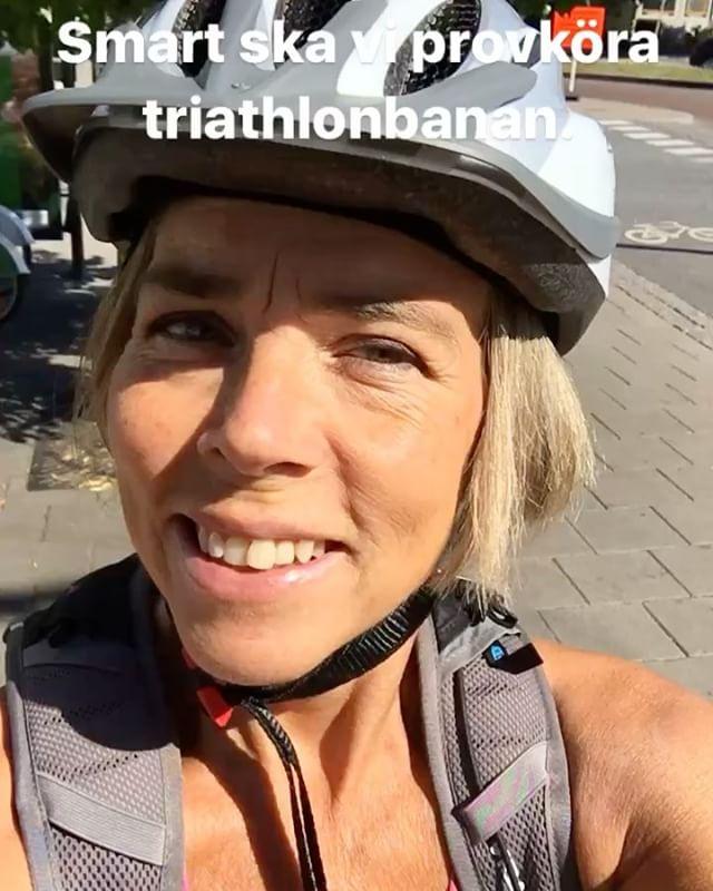 Ett bra tips: om ni har möjlighet att provköra en triathlonbana med en erfaren människa - så gör det. Under loppet är det svårt att fråga någon om goda råd. @trispot_stockholm @wtstraining @vattenfallworldtristockholm