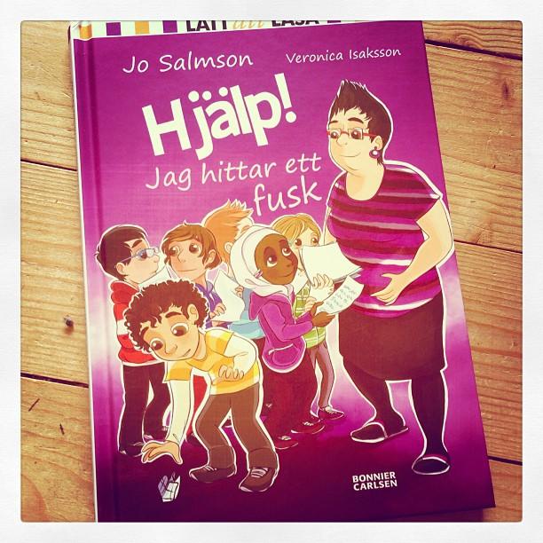 Åh läsglädje! Sjuåringen har läst ut den två gånger på två dagar. Älska Jo Salmson.