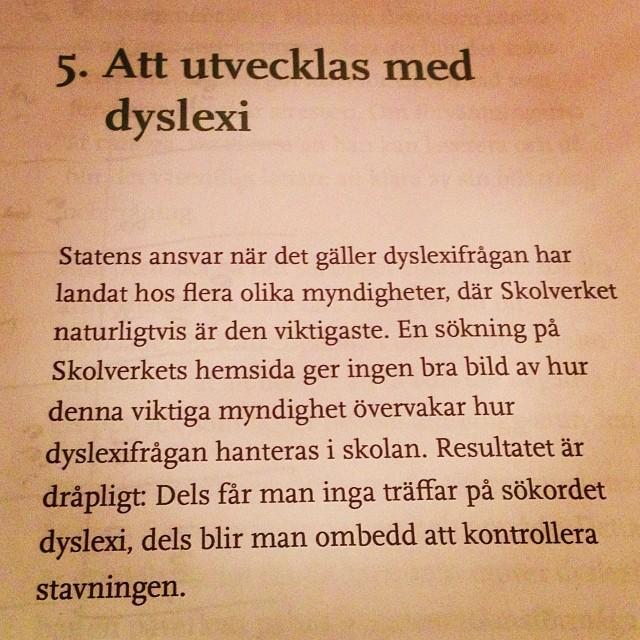 Ur Liten bok om dyslexi av Martin Ingvar. Bra bok. Rolig och upplysande.