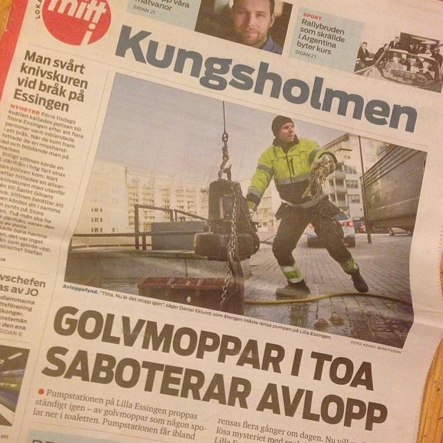 Okej. VEM spolar ner golvmoppar på Lilla Essingen?