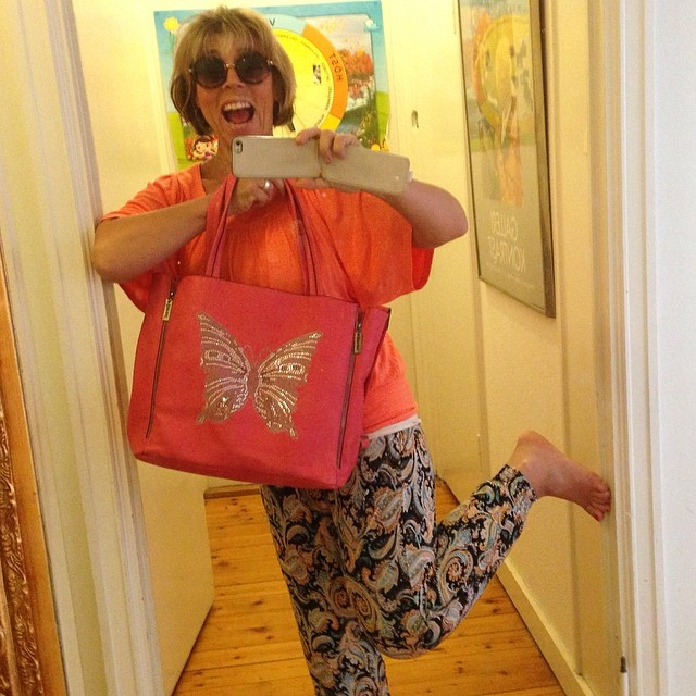 Sjukt sköna nya kläderna och nya väskan! (Tack Nettan på B.young i Norrtälje!)