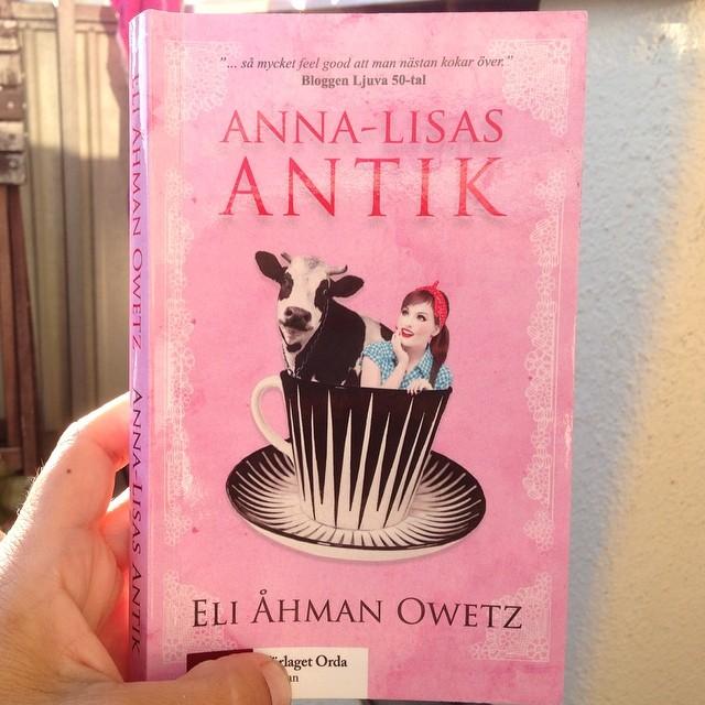 Om ni blir nyfikna på boken så ser den ut så här.