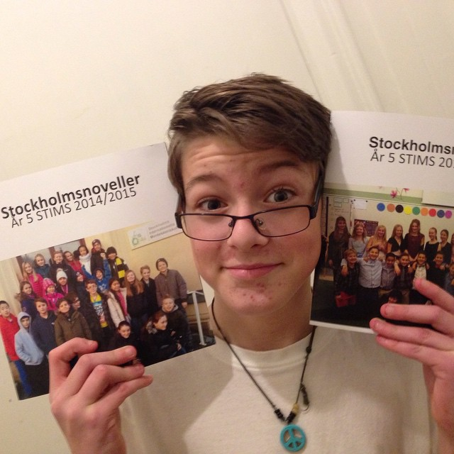 @specielliot hade boksläpp i dag. Klassen har gett ut två egna böcker med noveller och bilder. Stort!