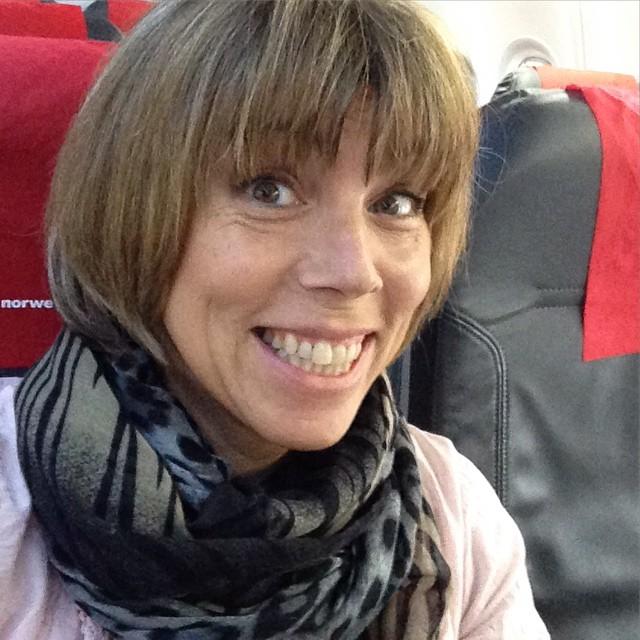 På väg mot Prag! Och halvmaran. So far so good. Och NMT-kompis @tcante är med på planet!