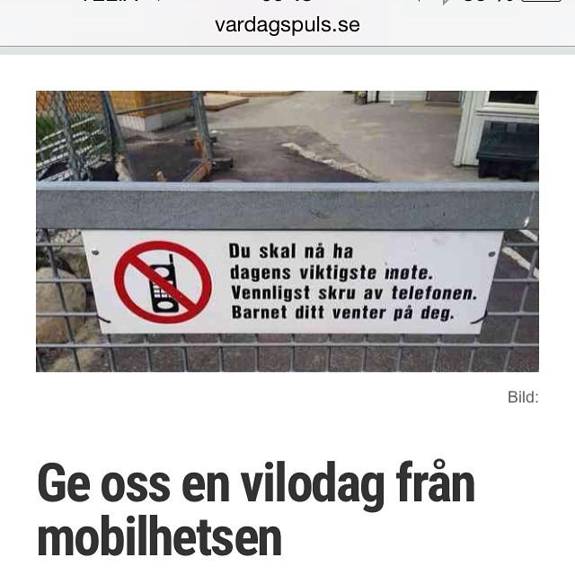 Mitt inlägg i mobildebatten. http://www.vardagspuls.se/bloggar/hillevi-wahl/ge-oss-en-vilodag-fran-mobilhetsen/