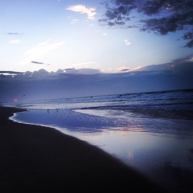 Sista morgonen. Tack havet. Tack stranden. Tack sanden. Tack vinden. Tack solen. Tack molnen. Tack svalkan. Namaste.