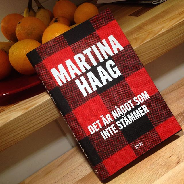 Vilken rafflande bok Martina Haag har skrivit! Jag kunde inte släppa den. Årets julklapp! Feelgood och feelbad på en och samma gång. Som livet.