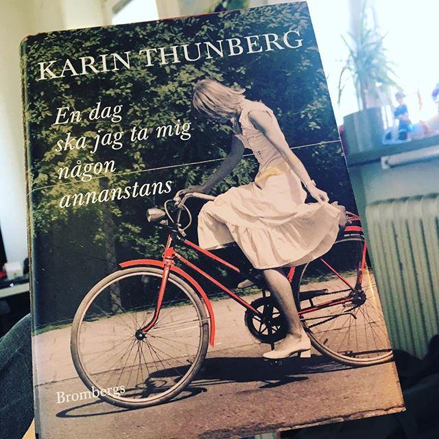 Äntligen fick jag tid att njuta av den här pärlan. Malmöskildring. Kvinnohistoria. Underbara Karin Thunberg. @brombergsforlag