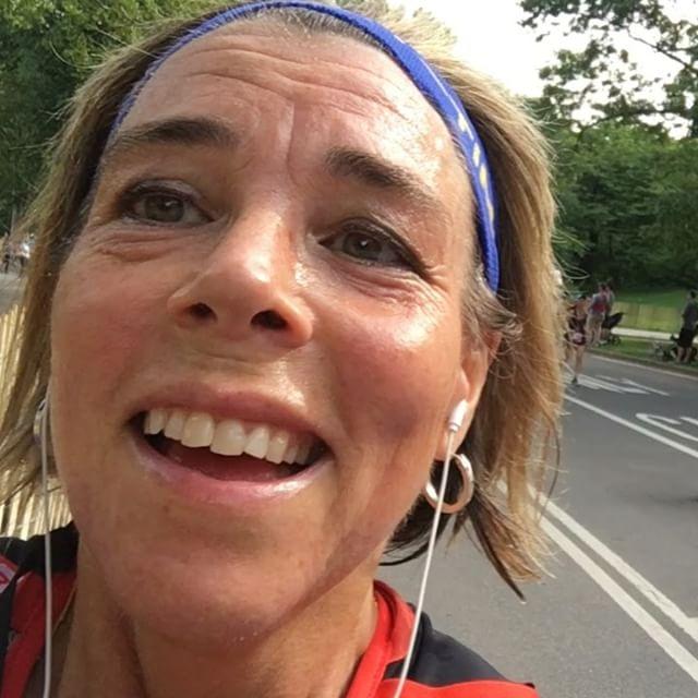 Åtta kilometer and still running and smiling. Www.springtime.se
