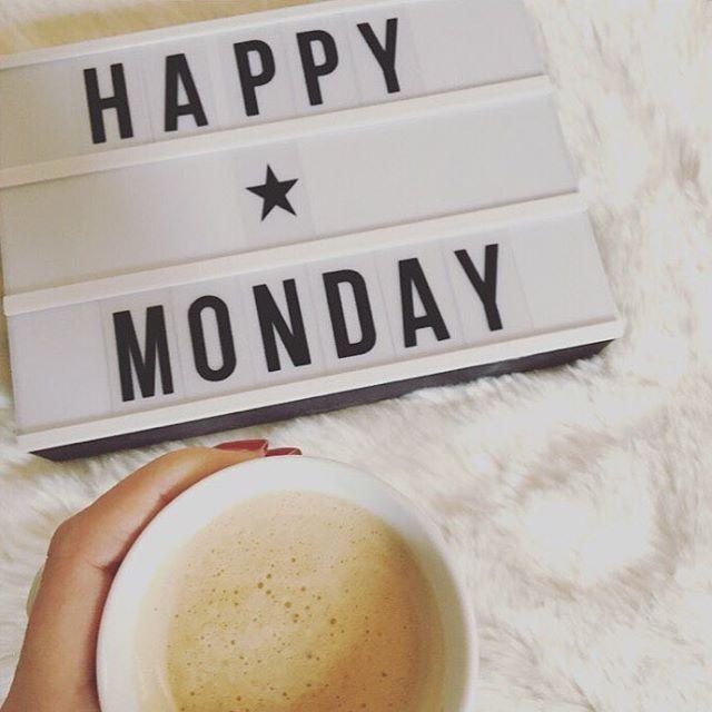 Nu kör vi! Först kaffe och sedan resten av veckan. Vad är viktigast för dig den här veckan?
