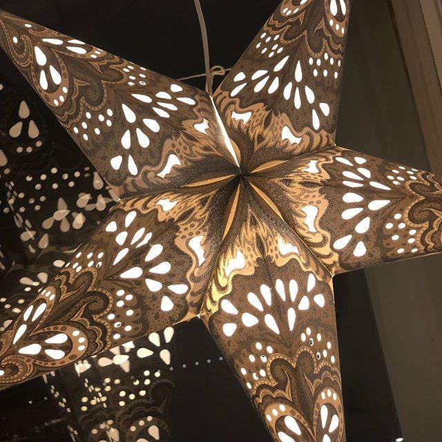 Nu är det ljus här i vårt hus. ️
