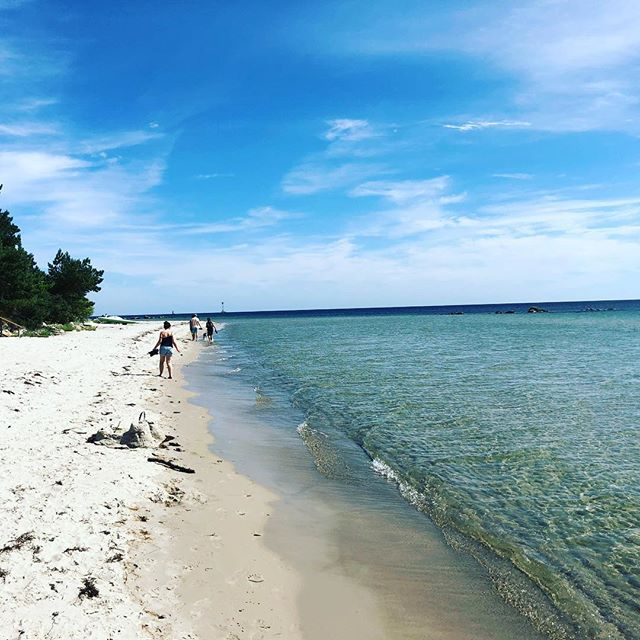 Milsvid strand. Havet möter land. Här kommer jag att trivas.