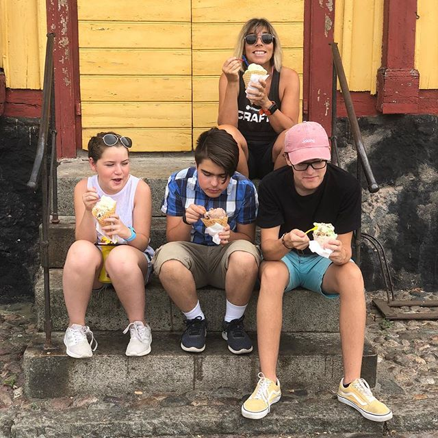 Missa inte Ottos glass i Åhus. Sa de. Så vi gjorde som de sa. Sicken tur.