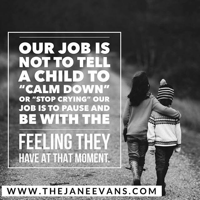 Jag lutar allt mer åt det här. Ju tidigare vi lyssnar och stannar upp - desto mindre behöver barnen skrika. Funkar även inåt. ️